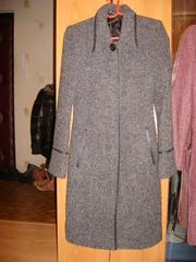 Продаётся пальто драповое