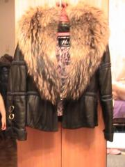 Продаётся женская кожаная куртка